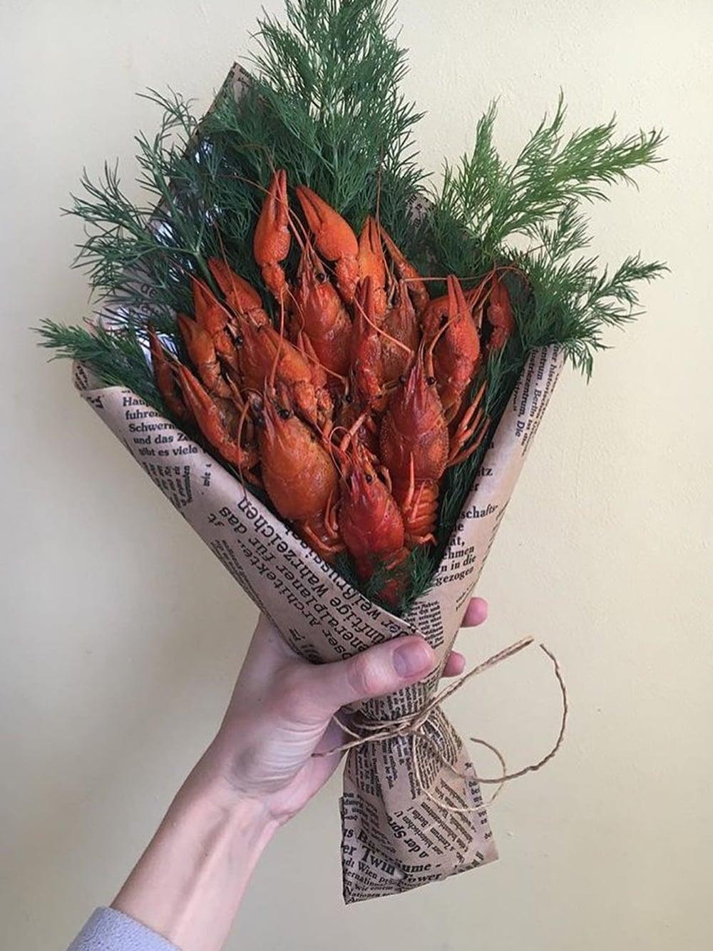 Как собрать мужской букет из раков, цветов коломне доставкой